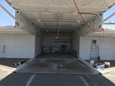 hangar2_gallery.jpg