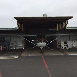 Oxnard_Hangar_Front_View_with_Cessna_172_gallery.jpg